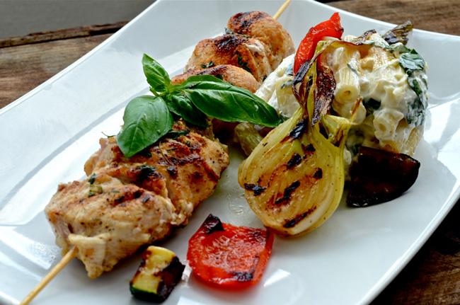 Kallrökt kycklingspett med lök och paprika